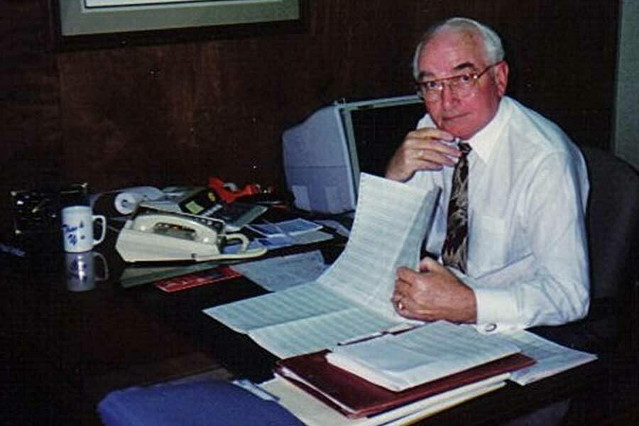 Lake Region Bank Paul Vollan At His Desk In The 80s