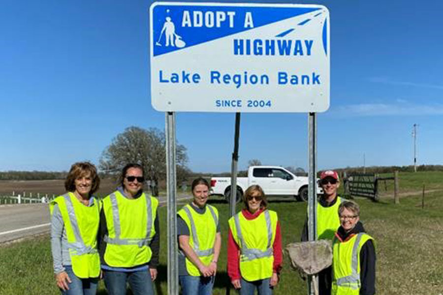 Lake Region Bank Adopt A Highway Cleanup Crew
