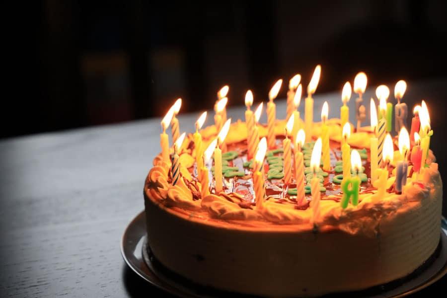 Paul Vollan 90th Bday Cake